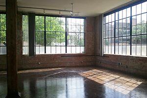 open warehouse loft in deep ellum. Original windows, polished concrete floors.: Wareh Loft, Future Reference, Art Studios, Ellum Loft, Future Places, Exposed Brick, Expo Brick, Concrete Floors, Training Studios