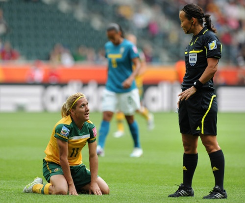 Referee Jenny Palmqvist from Sweden (R) talks to Australia's striker Lisa de Vanna during the group D football match of the FIFA women's football World Cup Brazil vs Australia on June 29, 2011 at the Stadion im Borussen-Park in Moenchengladbach, western Germany. Brazil won 1-0. AFP PHOTO / PATRIK STOLLARZ (via World Soccer - Photo Gallery - Yahoo! Sports)