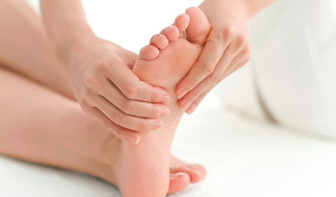 A nail fungal infection begins as a yellow or white spot under the tip of your finger or toe nails. Try one of the following home remedies for nail fungus.