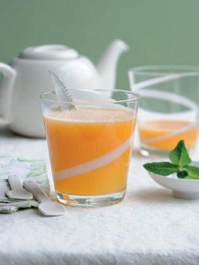 """Jus ananas-melon """"détox"""" à la centrifugeuse - Recette de cuisine Marmiton : une recette"""