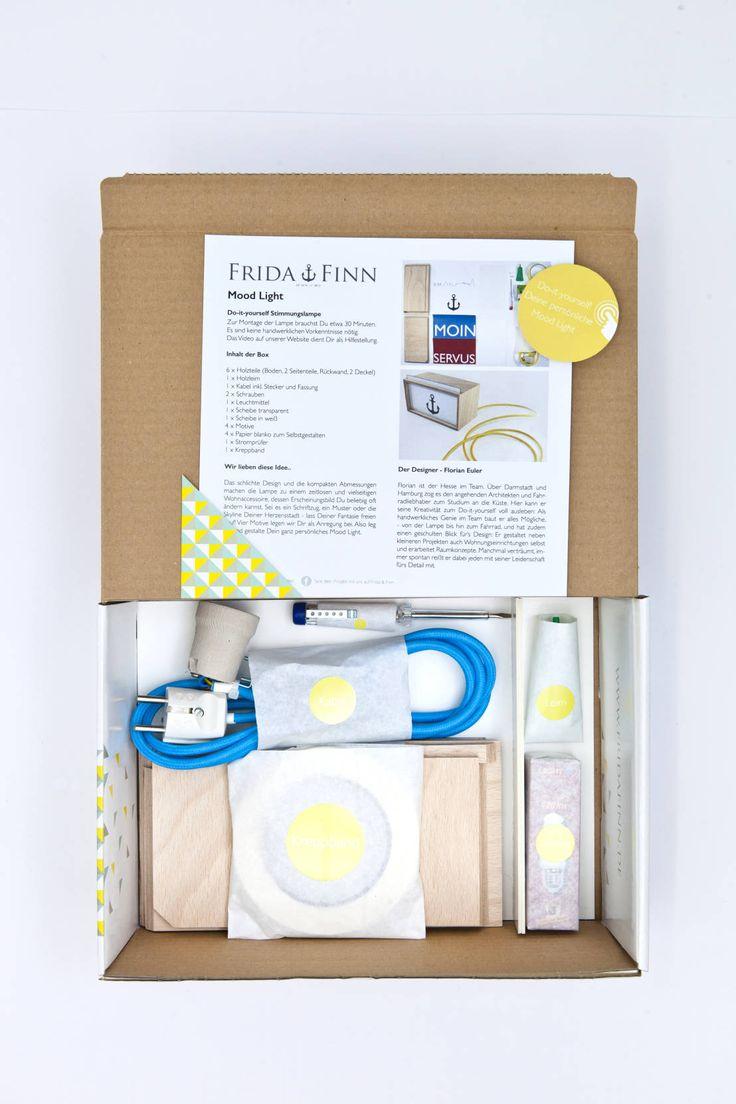 Frida & Finn ist die erste und größte Platform für DIY-Kits, die eine entscheidende Lücke schließt: Und zwar die zwischen Designer, Bastelladen und den Kunden. Hier kann man Lampen, Vogelhäuser oder Kräutergärten ganz einfach zu Hause nachbasteln - und hat so die perfekten Geschenktipps.