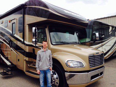 Find the New 2018 Seneca 37TS Super C Motorhome you are looking for at Motorhomes 2 Go. Ask for VIN# 4UZADVFC5JCJU5389.21809 Our low prices will amaze you!