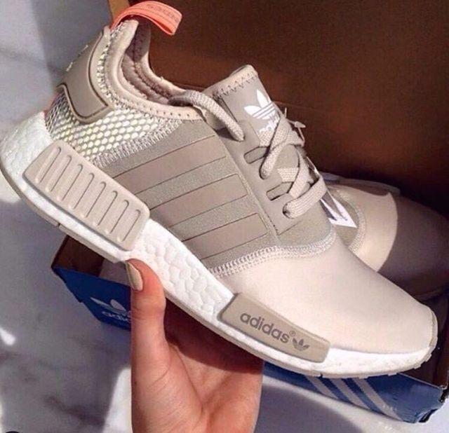 QueenA ADIDAS Men's Shoes Running - http://amzn.to/2hw3Mi7