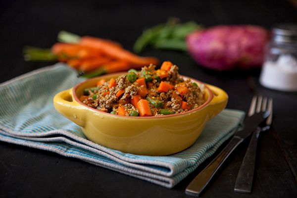 FitChefs Grandma's Mince Curry with Brown and Wild Rice.   A South Africa favourite, reinvented. Packed full of taste and goodness with our own built-in chutney. Just like grandma's recipe.