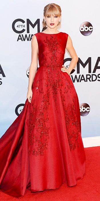 Look of the Day - November 7, 2013 - Taylor Swift in Elie Saab from #InStyle