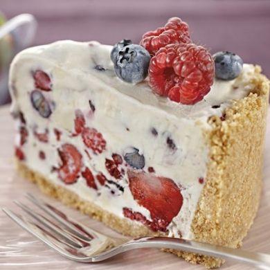 Berry Ice Cream Cheesecake  #DairyKitchen