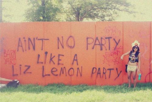 Party partyEms Laugh, Ideas, God, Pin Today, Parties Parties, Random Pin, Favourite Pin, Liz Lemon, Lemon Parties