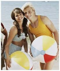 Mia and Ross!! <3 they look adorable together! I still dont know if im a Ria fan or a Ausly fan!??