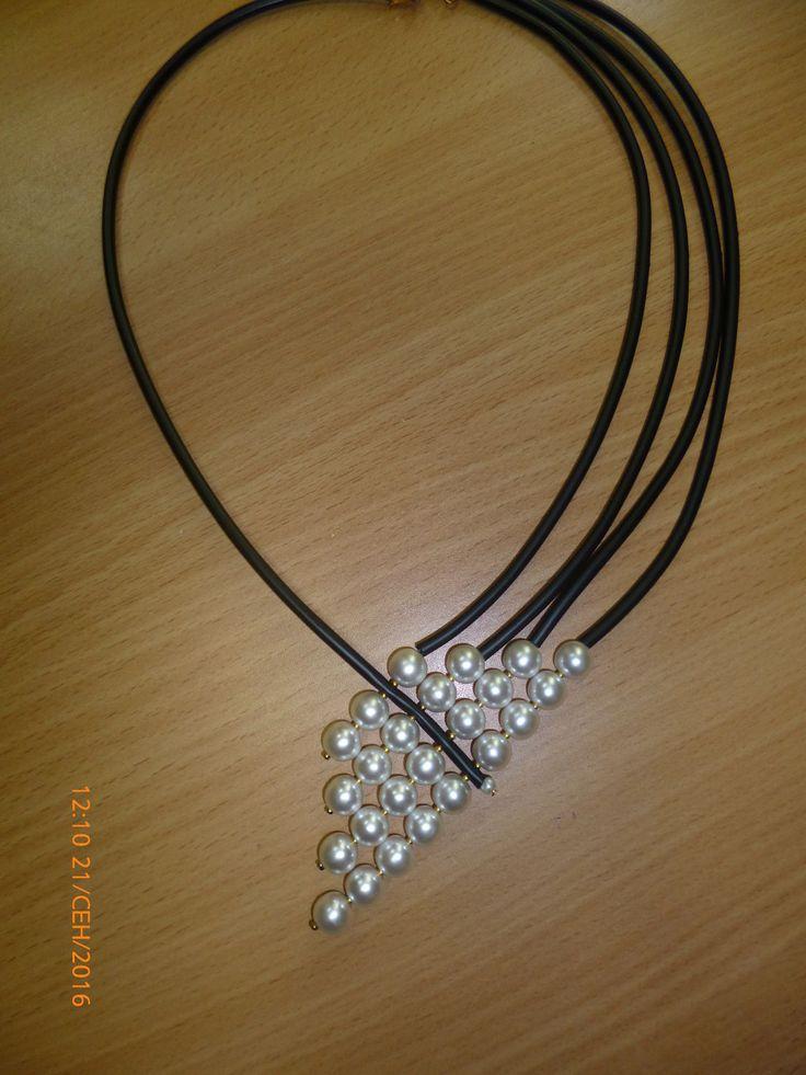 Купить колье / ожерелье - Белое & Черное - Ожерелье ручной работы