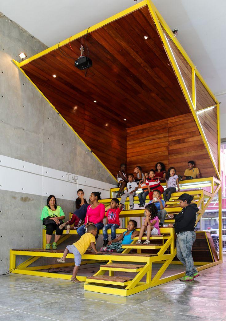 La cineteca equipamiento colectivo para la for Equipamiento urbano arquitectura pdf