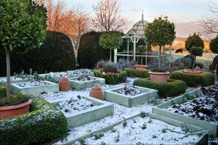 Interesting ornamental vegetable garden design from bunny for Ornamental vegetable garden design