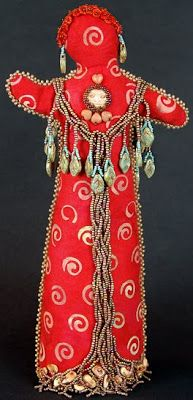 beaded spirit doll by Robin Atkins, Madrona ...I think this artist is the sister of equally talented beaded quilt artist, Thom Atkins.....vwr ...
