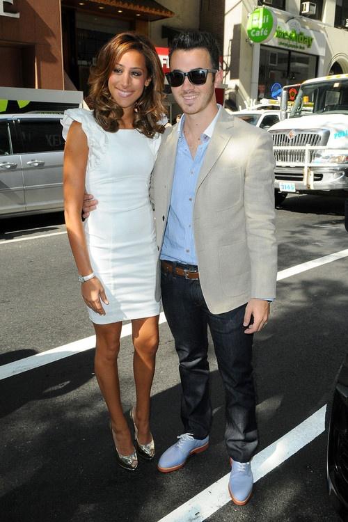 Kevin & Danielle Jonas
