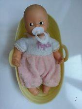 Bambolotto Pepito. Una bambola neonata formato mignon. Ne avevo uno e lo adoravo! *_*