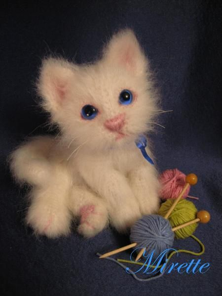 meow -- cutest crochet kitty I have ever seen!
