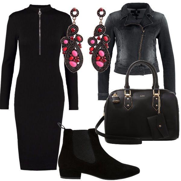 Le zip sono al centro di questo outfit: le troviamo nel vestito in maglina aderente e nel giubbotto di jeans. Tutti gli elementi giocano sul nero, anche gli stivaletti con tacco basso e la borsa a mano; l'unico tocco di colore è negli orecchini con perline nere, rosse e rosa.