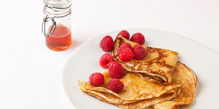 English strawberries and zingy lemon juice play beautifully together in this crêpes recipe. Pascal Aussignac adds Grand Marnier to further flavour these crêpes.