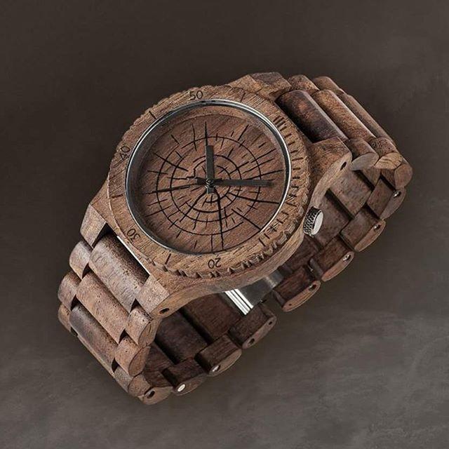 Allium Wood karóránk limitált darabszámban érkezett.. Hogy tetszik? 👅  #VinylandWood #GetLostinWonderland #WeWood #woodwatch #wooden #fashion #design #accessories #Budapest #HUN #Hungary