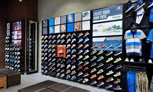 Project Foot Locker In 2020 Store Design Shoe Store
