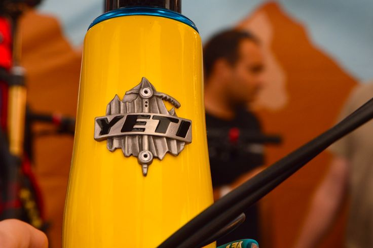 logo blason yeti cycles