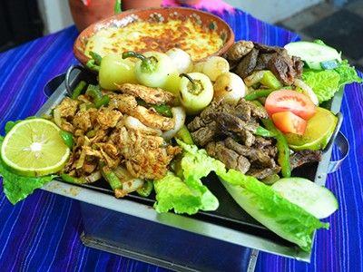 Encontré Parrillada Jalisco en Plaza Mariachi. Visita topdelis.com y conoce más de este y otros platillos deliciosos.