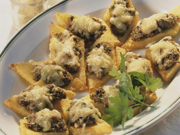 Polentaecken mit Pilzcreme ist ein Rezept mit frischen Zutaten aus der Kategorie Getreide. Probieren Sie dieses und weitere Rezepte von EAT SMARTER!