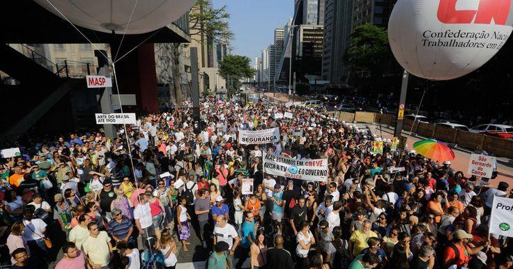 Após reunião com governo de SP, greve dos professores é mantida