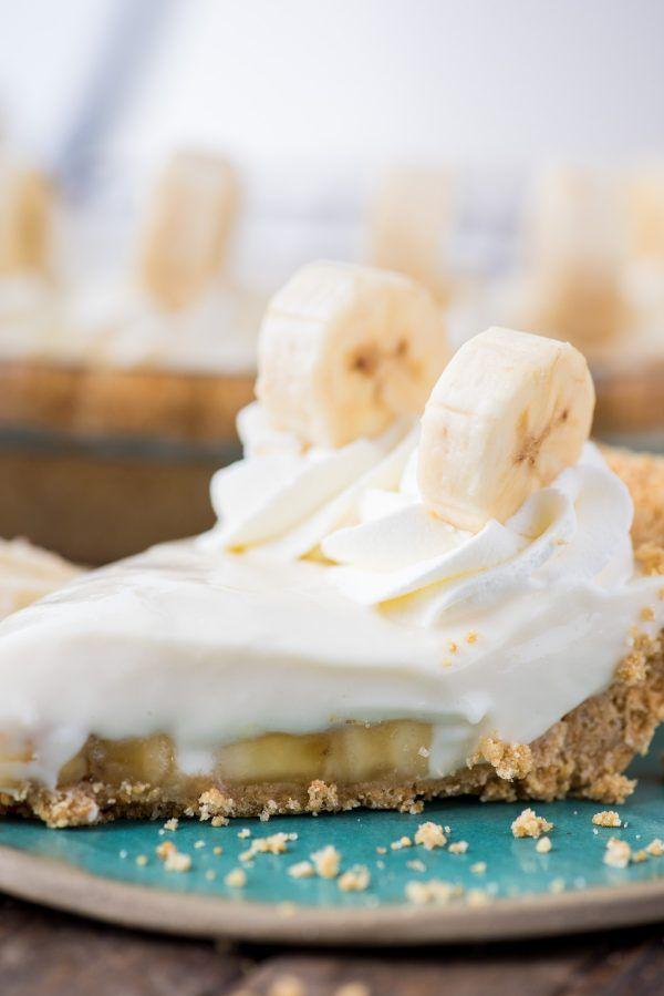 Banana Breeze Pie Is A No Bake Creamy Custard Like Banana Pie That Uses Cream Cheese Sweetened Condensed Milk And Lemon Baked Banana Banana Pie Sweet Savory