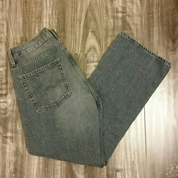 Men's AE Jeans Original boot style. Wore only a couple times. 26.5 inch inseam. No stains or tears. Excellent condition! American Eagle Outfitters Jeans