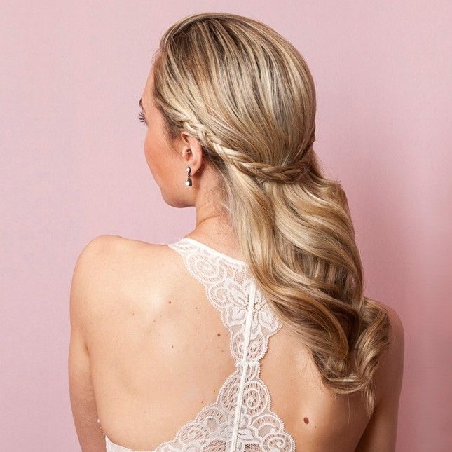 You Only Need 2 Bobby Pins to Do This Half-Up Wedding Hairdo