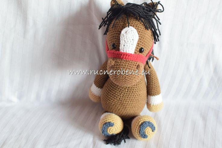 Crochet horse by RucneRobene on Etsy