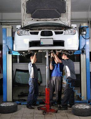 Confira dicas de manutenção de carros como: fluído de freio, checagem de bateria e muito mais para manter sua segurança em dia
