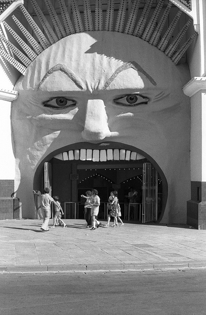 Luna Park St Kilda 1976 by David Wadelton (northcote hysterical society)