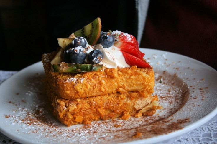 Blue Moon Cafe shares its recipe for Cap'n Crunch French toast.