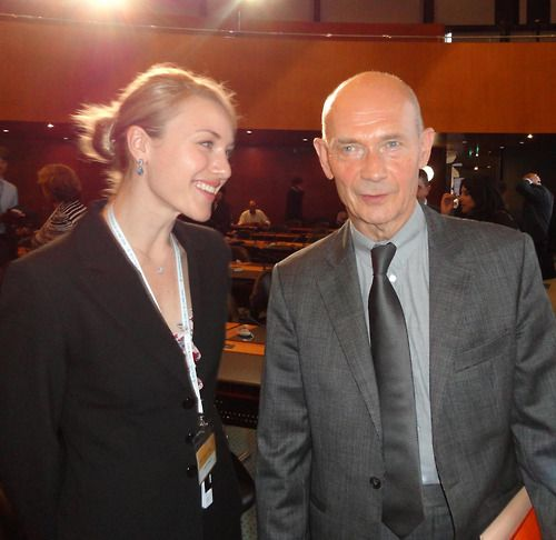 Swinburne student Dorotea Horina meetsWorldTrade Organization'sDirector-General Pascal Lamy!Dorotea is in Switzerland with Global Voices participating in the WTO Public Forum.  Visit the Global Voices facebookpageformoreinformation.