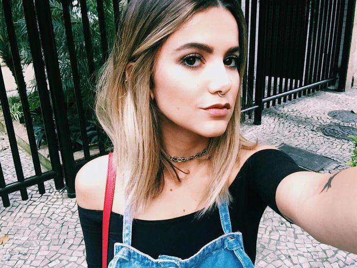 "Manu Gavassi no Instagram: ""Selfie carioca."""