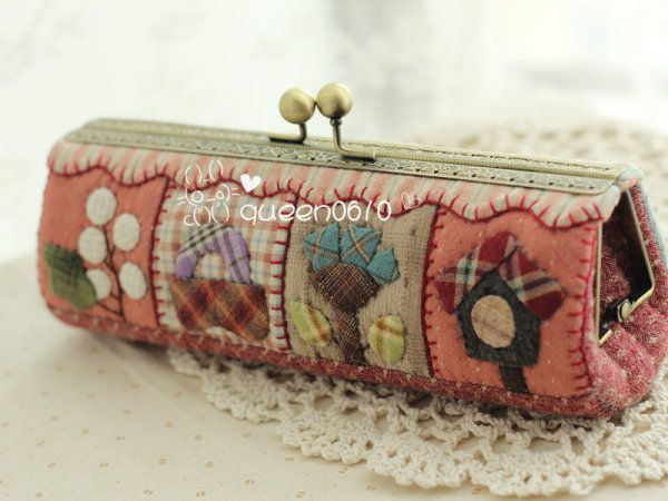 patchwork kiss clasp purse
