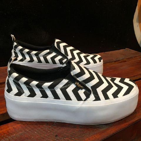 Kagumi Shoesmate Original (1)