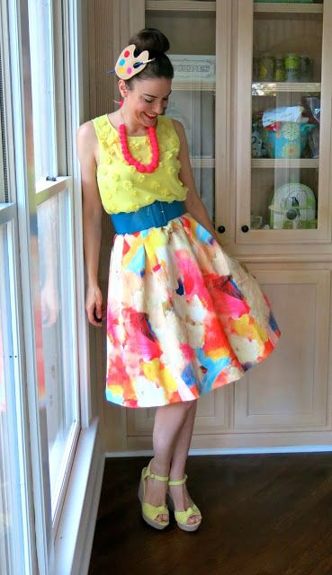 Cassie Stephens: What the Art Teacher Wore #146 Copy yellow tank top with blossoms