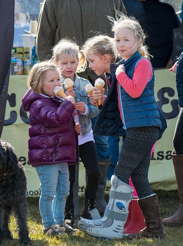 72c7d592c L-R) Snack time! The adorable youngsters Mia Tindall