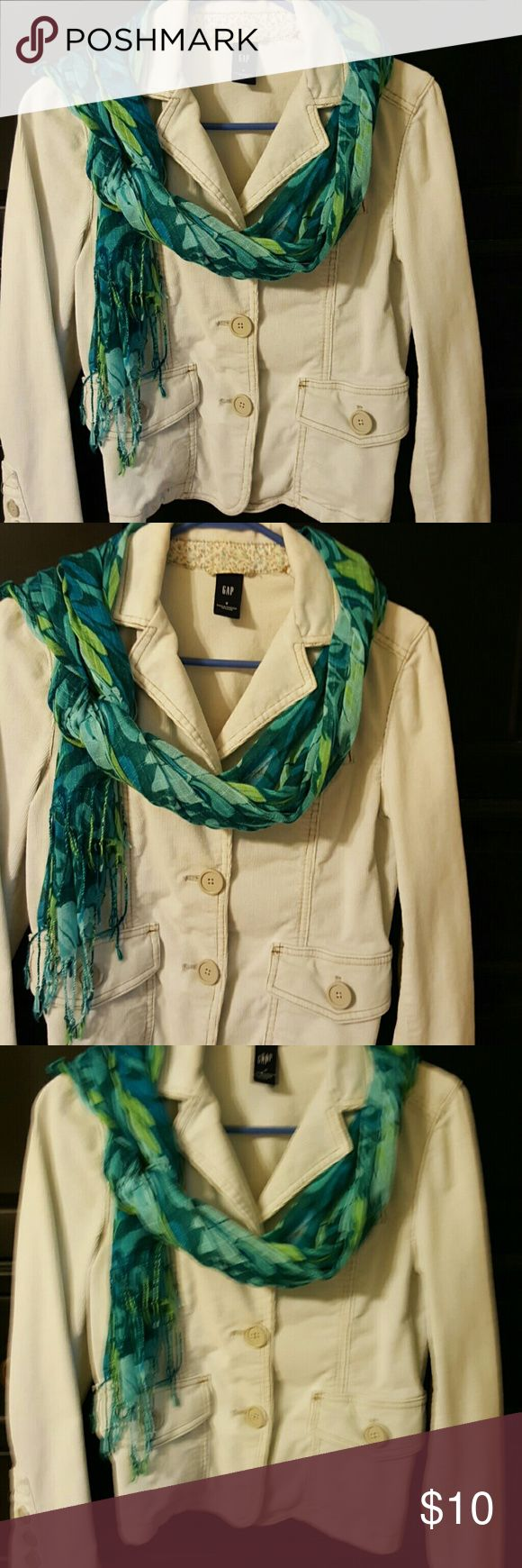 Darling corduroy Gap jacket Cream Gap jacket. Cute with jeans and boots! GAP Jackets & Coats Blazers
