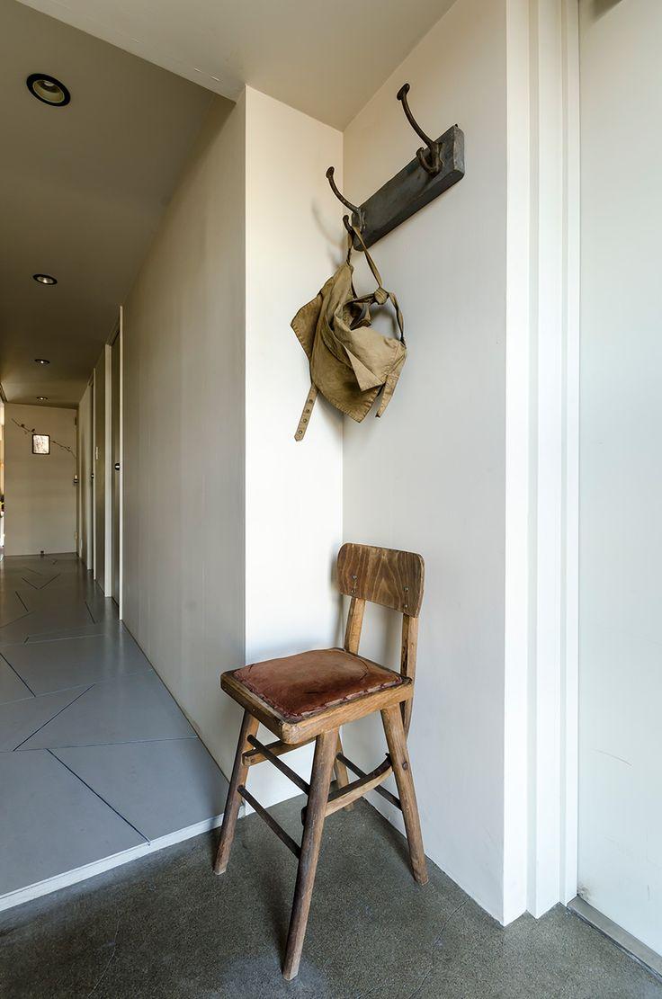 丘の上のゆとりの空間穏やかな時が流れるヴィンテージの似合う部屋 | ToKoSie ー トコシエ