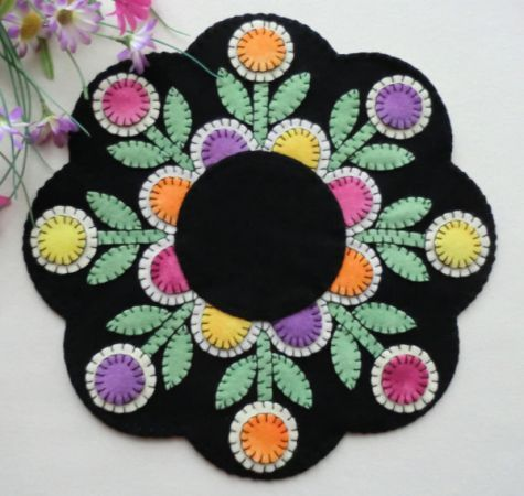 """Penny Posies"" Wool Applique Penny Rug Candle Mat Pattern-Cath's Pennies Designs"
