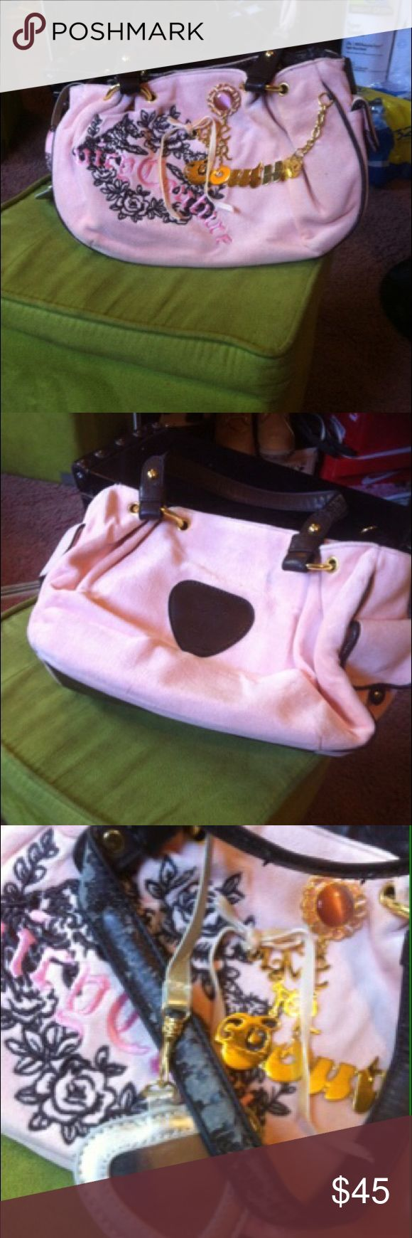 Juicy couture Classic Juicy couture look //Used handbag // good condition. // wear on the handles as pictures. With dust bag ! Juicy Couture Bags Shoulder Bags