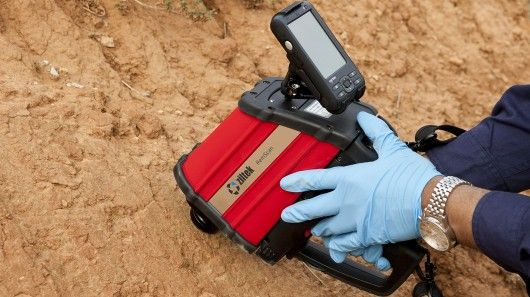 Handheld device detects and analyzes soil contamination within seconds