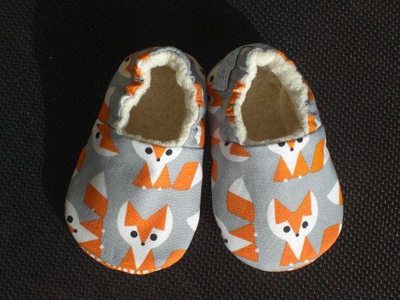 Chaussures, Sherpa biologique, orange, gris, genre neutre à encaissement doux semelle chaussure de bébé, chaussures bébé renard, chaussons bébé, coton bio, respectueux de l