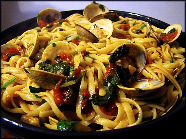 Linguine with clams | YUM!! | Pinterest
