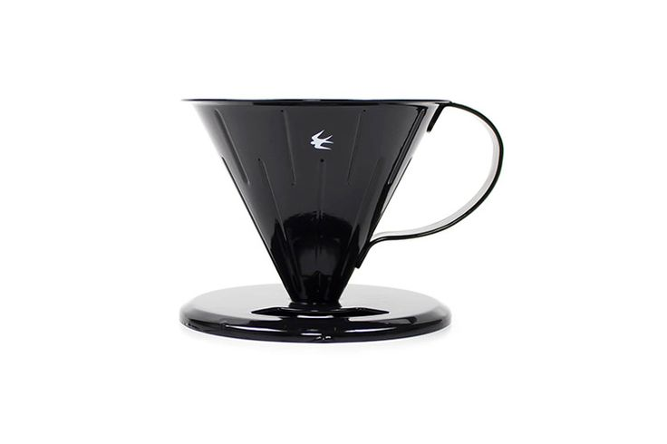 コーヒー本来の薫りと味が楽しめる、一穴円錐型タイプの琺瑯のツバメ ドリッパー 2.0です