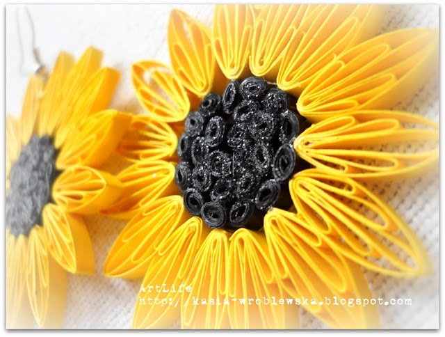 quilled sunflowers... pretty!