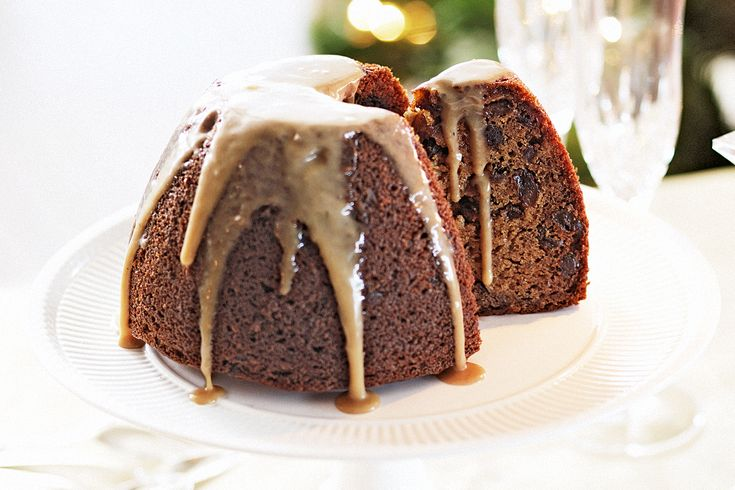 Sticky date Christmas pudding http://ow.ly/exhuG OOOOOO mmm STICKY DATE!